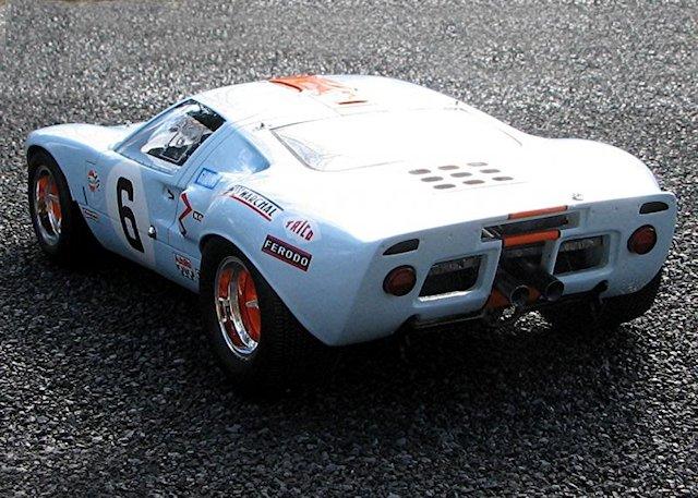 Spark Models _ Ford GT40 MKI12