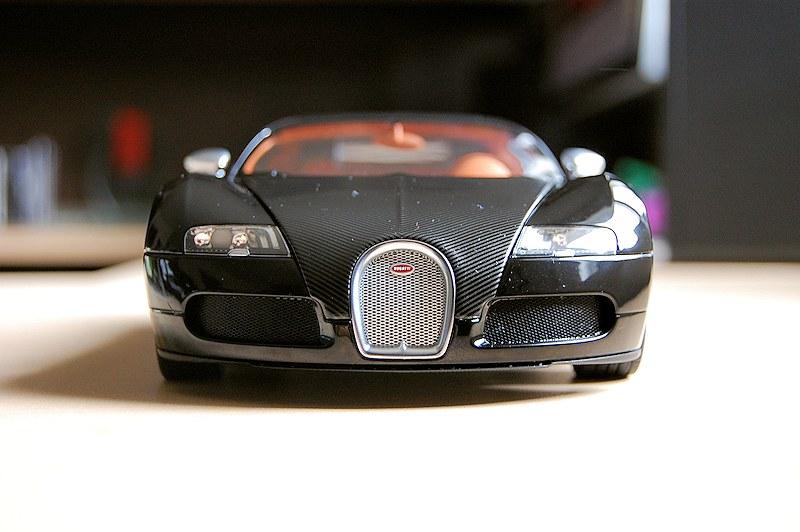 Lot 2 Logos EB Bugatti Veyron 1//18 Métal For Autoart