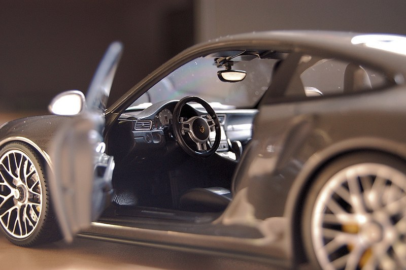 porsche_911(991)_turbos12