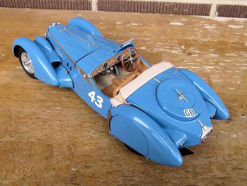 cmc_Bugatti 57SC Corsica5