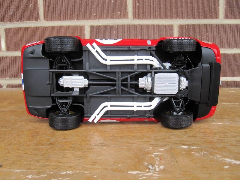 kyosho_Ferrari 365 GTB4_1977 Daytona16