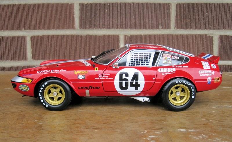 kyosho_Ferrari 365 GTB4_1977 Daytona8