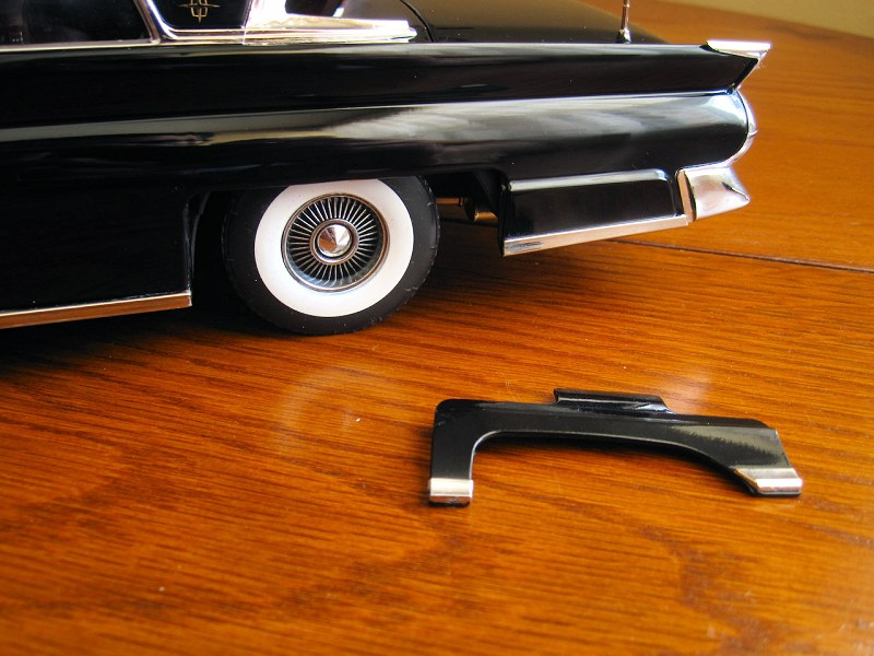 Sunstar 1958 Lincoln Continental2