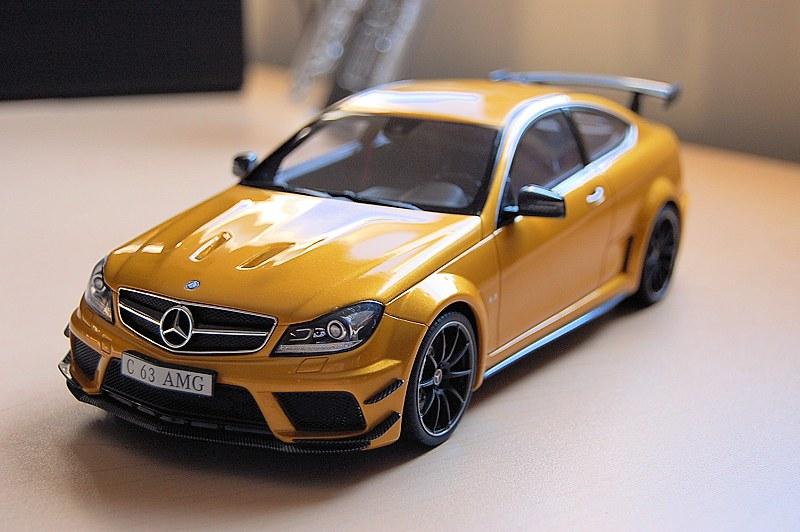mb_c63blackseries15