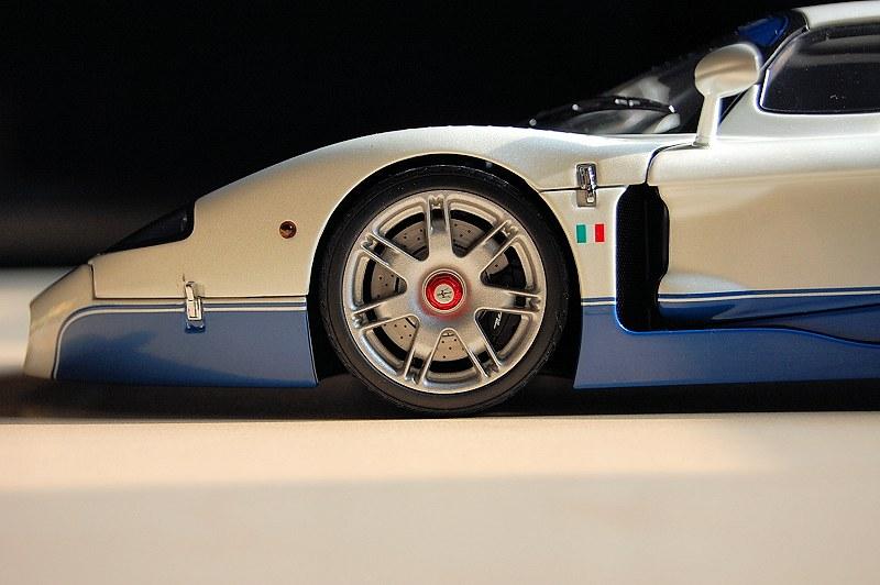 Maserati_MC12d