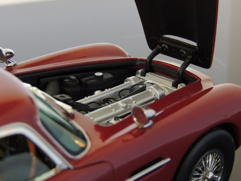 sunstar_Aston Martin DB5 (6)
