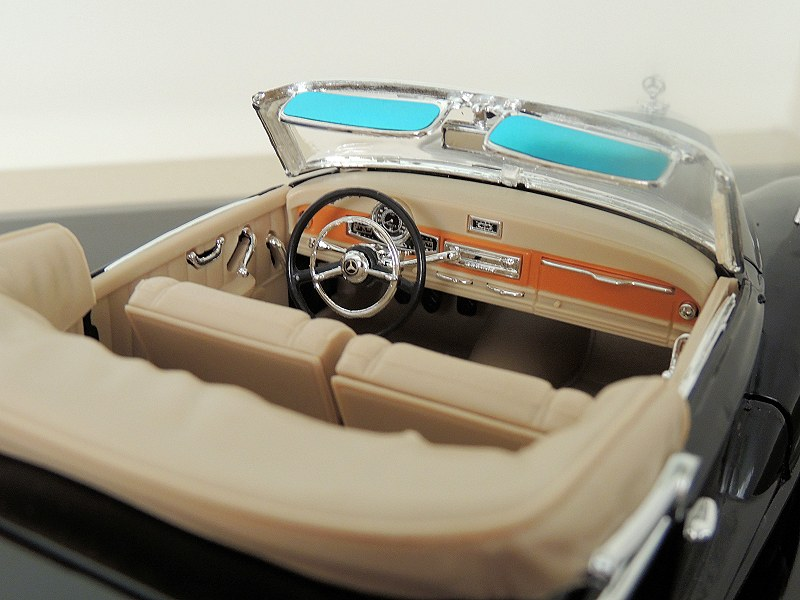 Mercedes-Benz 300S Cabriolet D (5)