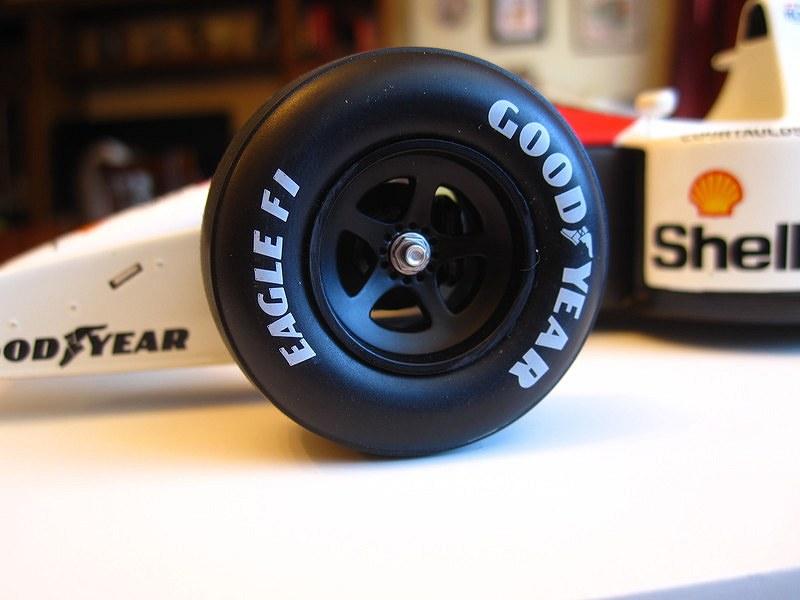 TSM McLaren MP46r15