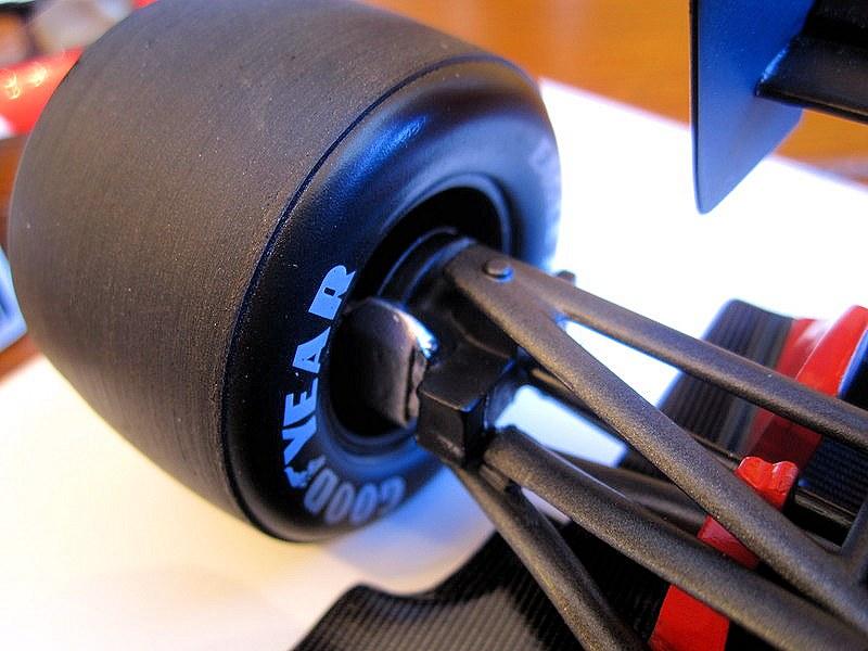 TSM McLaren MP46r37