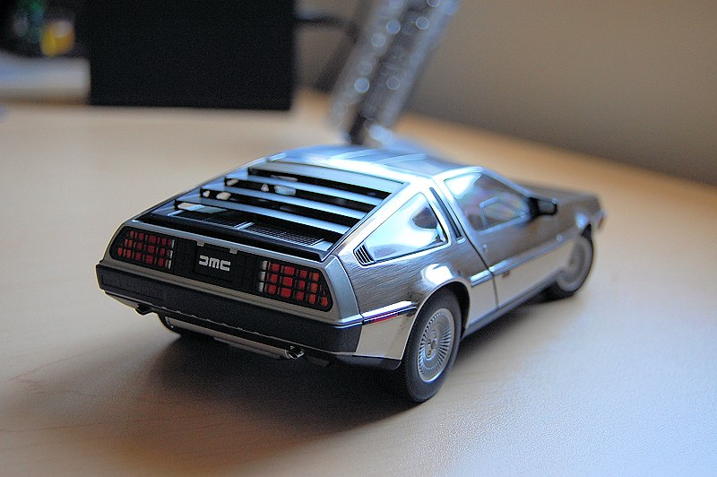 delorean_12dmc21