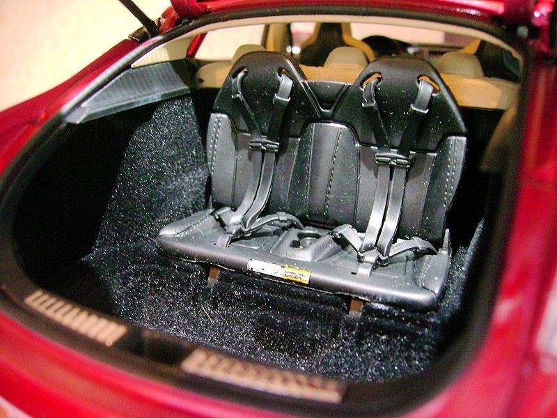 Tesla Model S13