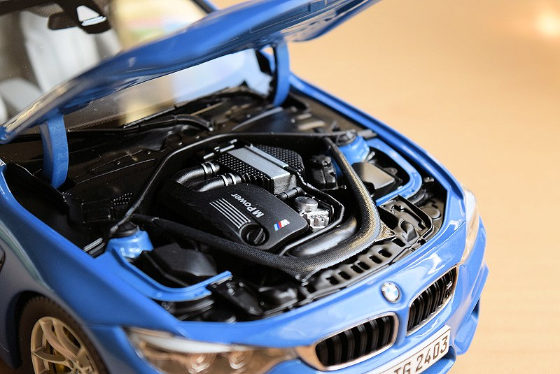 bmw_F82m4coupe7