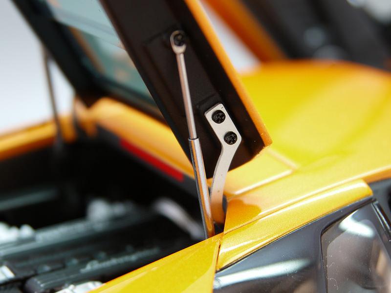 Lamborghini Murcielago LP64016