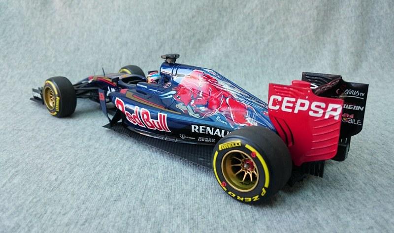 Toro Rosso STR10 Max Verstappen12
