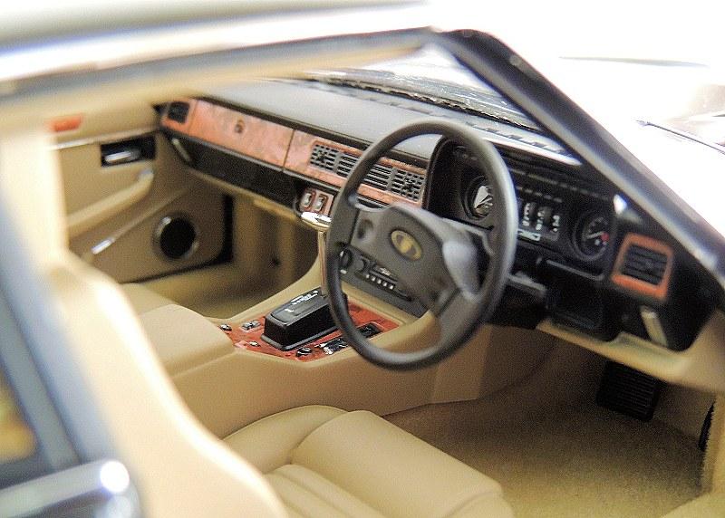 js_Jaguar XJ-S HE (14)
