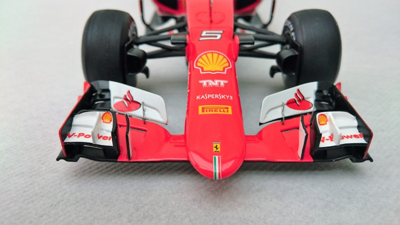 Looksmart 2015 Ferrari SF15-T (8)