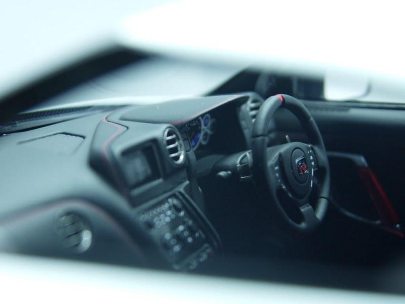 fa_Nissan GT-R R35 NISMO (4)