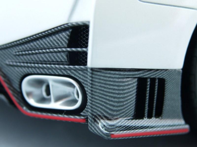 fa_Nissan GT-R R35 NISMO (6)