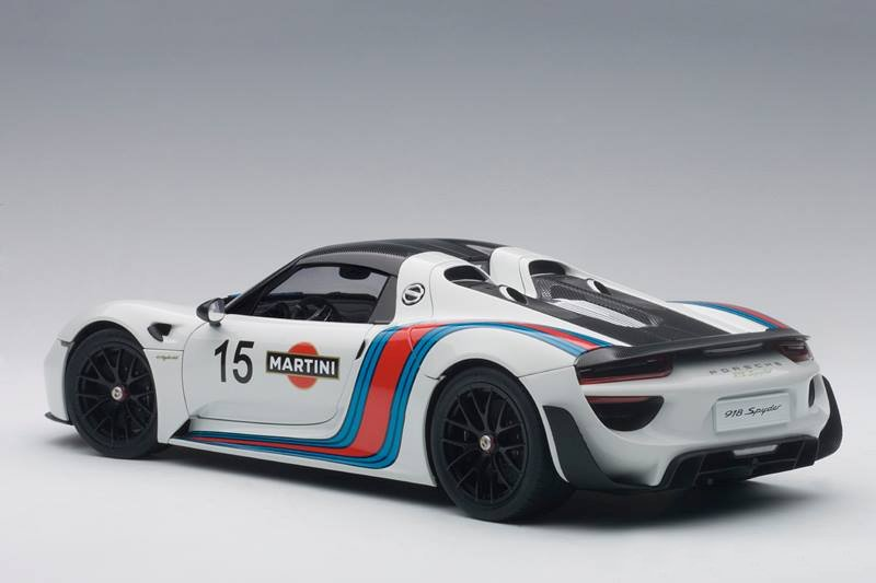 On The Flip Side Martini Livery Plays Well Exterior Lines And Removable Top Is A Nice Touch Too AUTOart 918 Spyder Expected This Coming