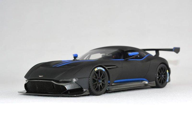 Fronti Art New Colour Aston Martin Vulcan Matt Black Diecastsociety Com