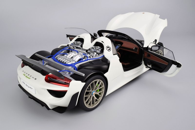 Overall Im Very Pleased With The Porsche 918 Spyder From AUTOart Positives Here Certainly Out Weigh Negatives Ive Pointed