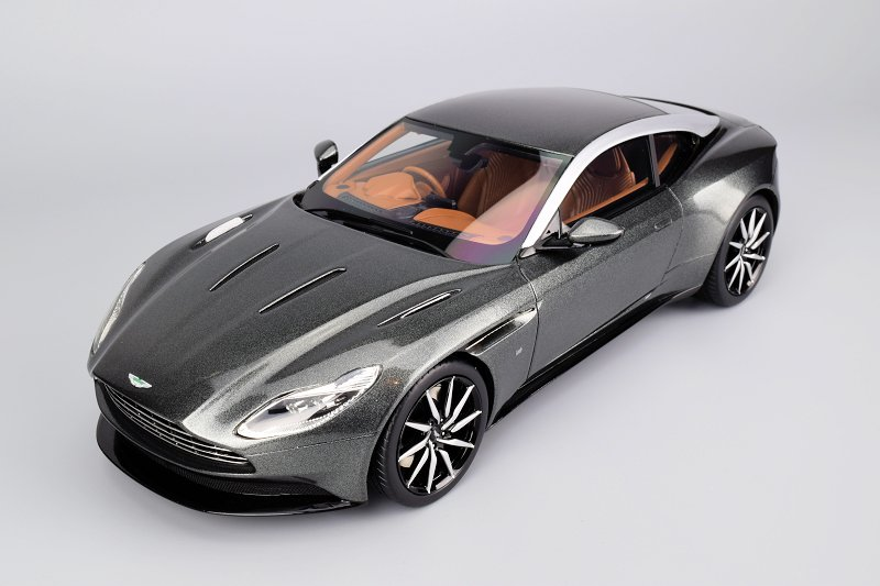 Review Topspeed Aston Martin Db11 Diecastsociety Com