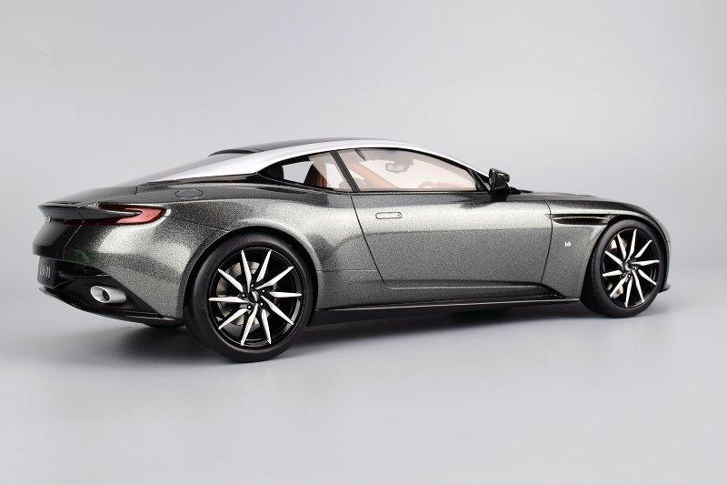 REVIEW: TopSpeed Aston Martin DB11 • DiecastSociety.com