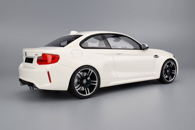 Review Minichamps Bmw M2 Coupe Diecastsociety Com