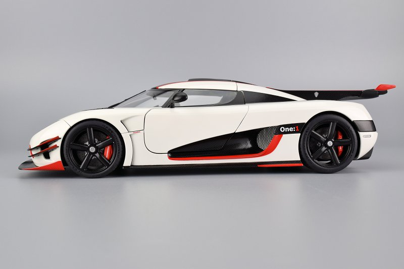 Koenigsegg One 1 >> Review Autoart Koenigsegg One 1 Diecastsociety Com