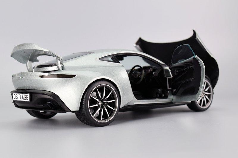 Review Hot Wheels Elite Aston Martin Db10 Diecastsociety Com