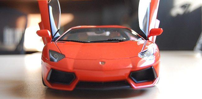 Review Autoart Lamborghini Aventador Lp700 4 Diecastsociety Com