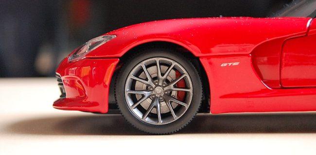 Review Maisto Dodge Srt Viper Gts 2013 Diecastsociety