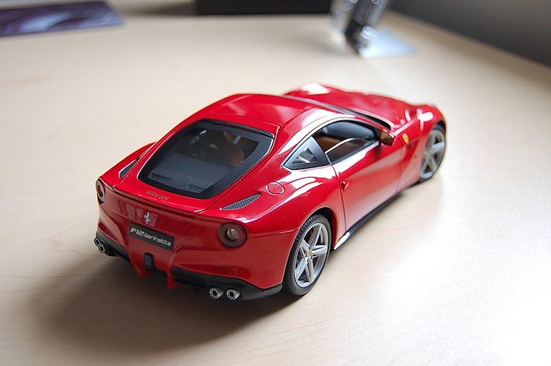 Review Hot Wheels Elite Ferrari F12 Berlinetta Diecastsociety Com