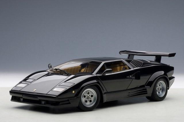 Autoart New Lamborghini Countach 25th Black White