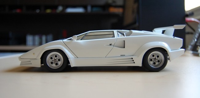 Review Autoart Lamborghini Countach 25th Anniversary