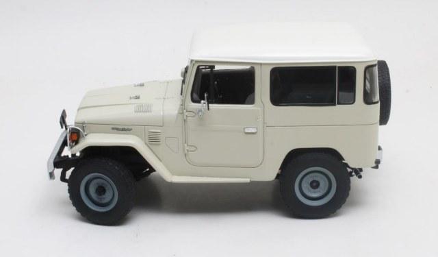 Cult Scale Models New 1977 Toyota Landcruiser FJ40 ...