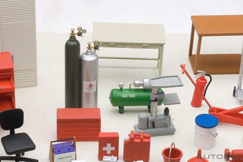 autoart garage kit set   u2022 diecastsociety com Truck Tool Box Shelves Side Tool Box Shelf