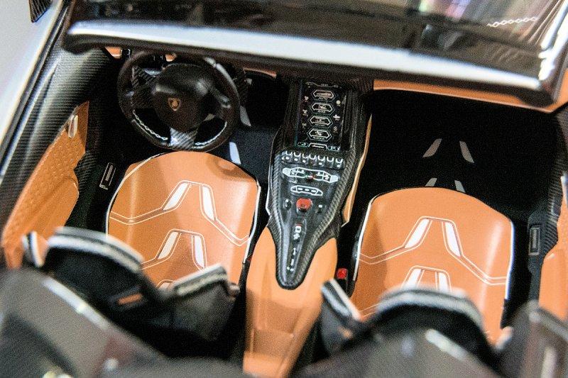 Lamborghini Centenario Lp770 4 Roadster 9 Diecastsociety Com