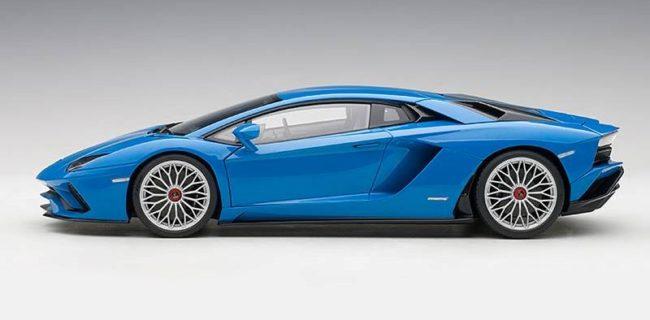 Autoart Lamborghini Aventador S Blu Nila Pearl Blue
