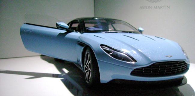 Review Autoart Aston Martin Db11 Diecastsociety Com