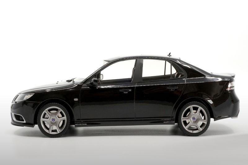 wonderful resin-modelcar 1:18 SAAB 9-3 TURBO X 2008 lim.ed black