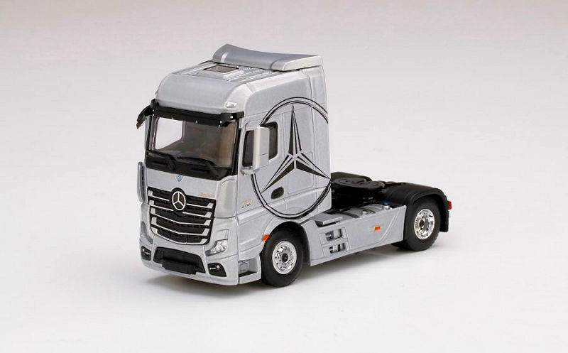 Mini GT 1//64 Mercedes-Benz Actros Yellow with Car Carrier Yellow Diecast
