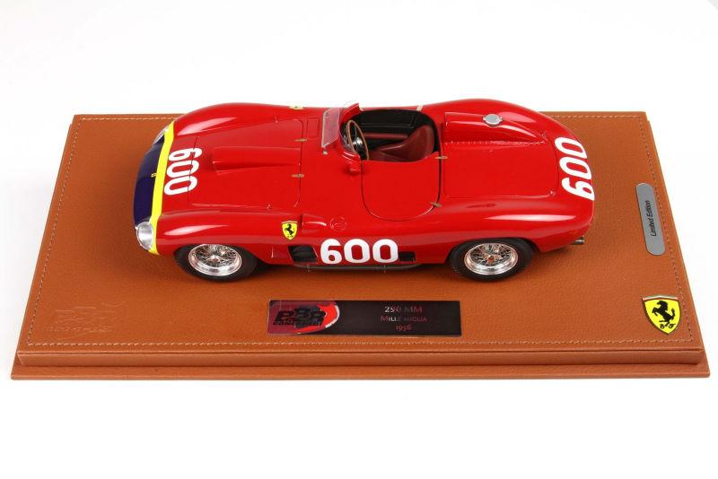 Ferrari 290 MM 1956  Manuel Fangio  Limitiert auf 200 Stück BBR 1:18  Vitrine